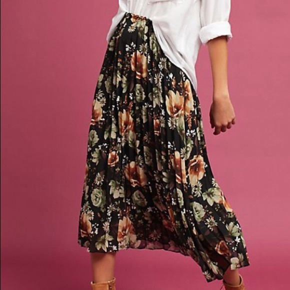 e586b840e6 Anthropologie Dresses & Skirts - Anthropologie Pleated Floral Midi Skirt